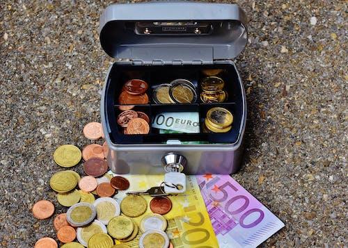 Základová fotografie zdarma na téma hotovost, kasa, kontejner, měna