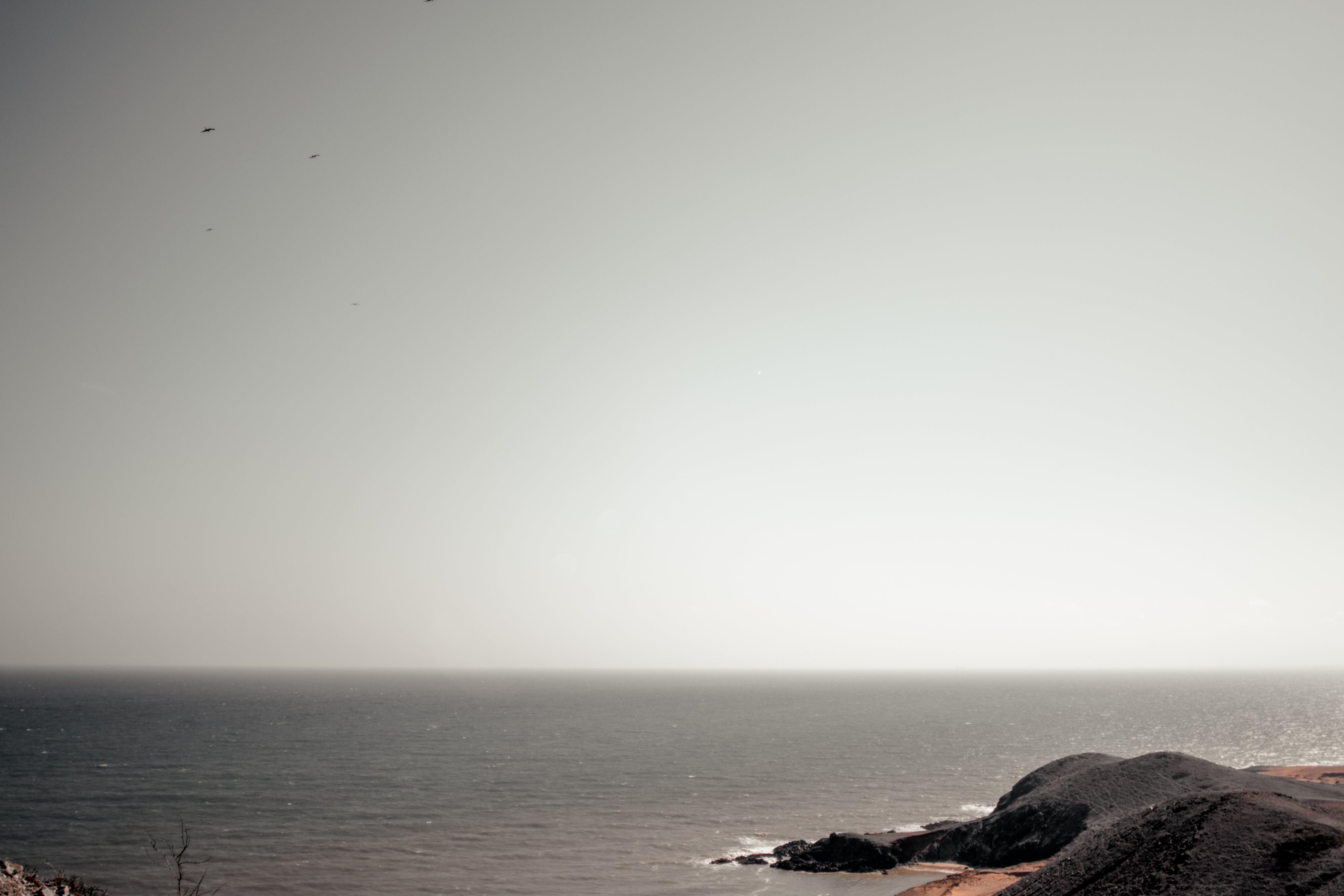 açık hava, ada, dağ, dalgalar içeren Ücretsiz stok fotoğraf