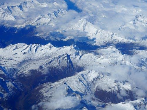 Photos gratuites de altitude, chaîne de montagnes, dessus, escalader
