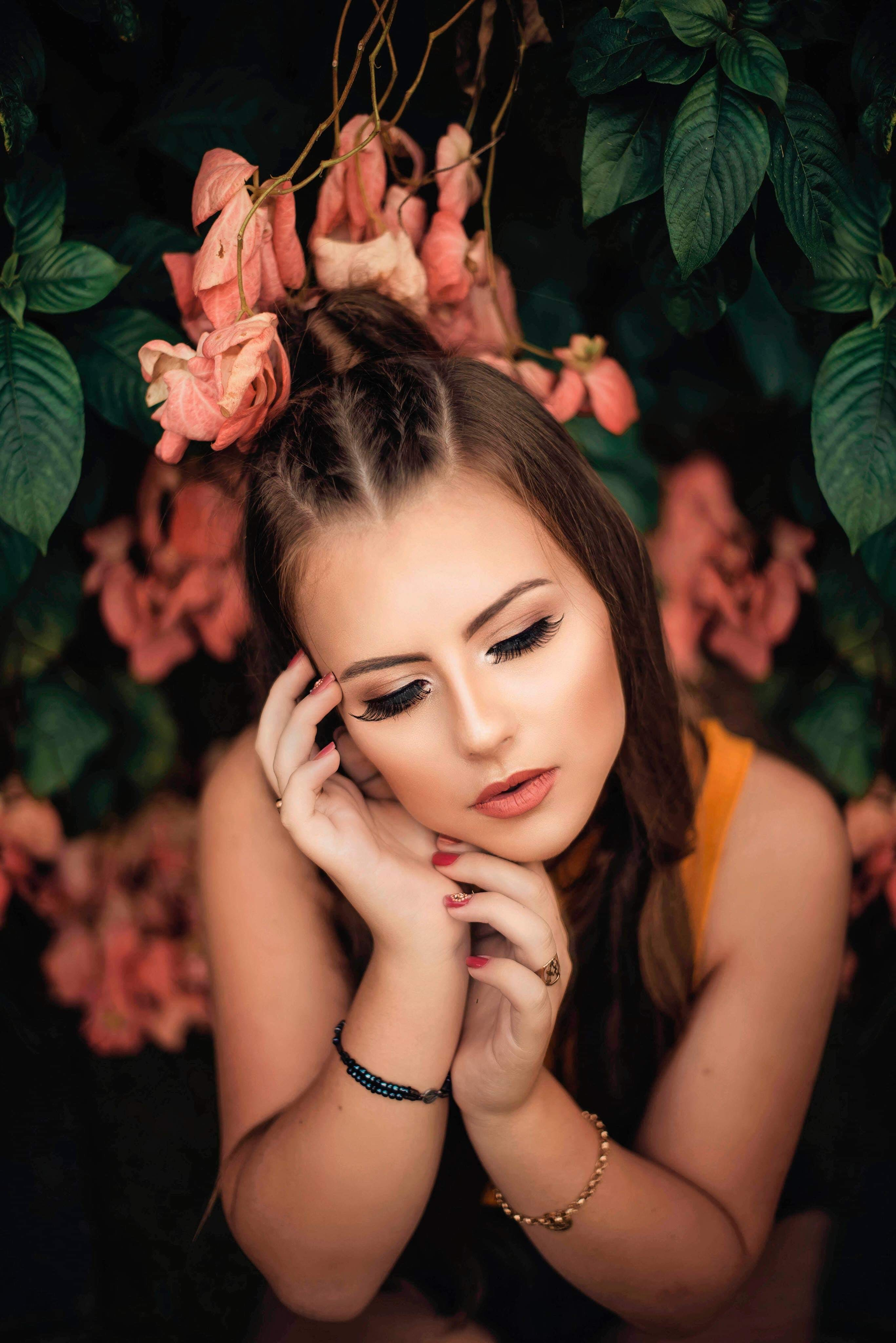 Darmowe zdjęcie z galerii z atrakcyjny, dama, elegancki, fryzura