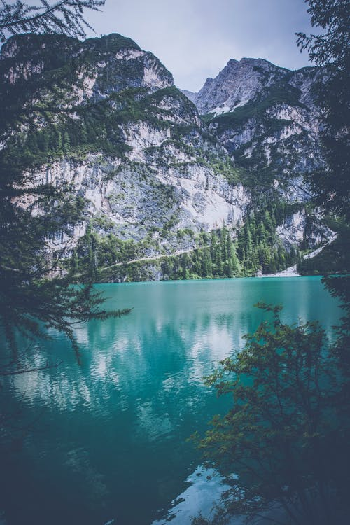highlands, pragser wildsee, rock