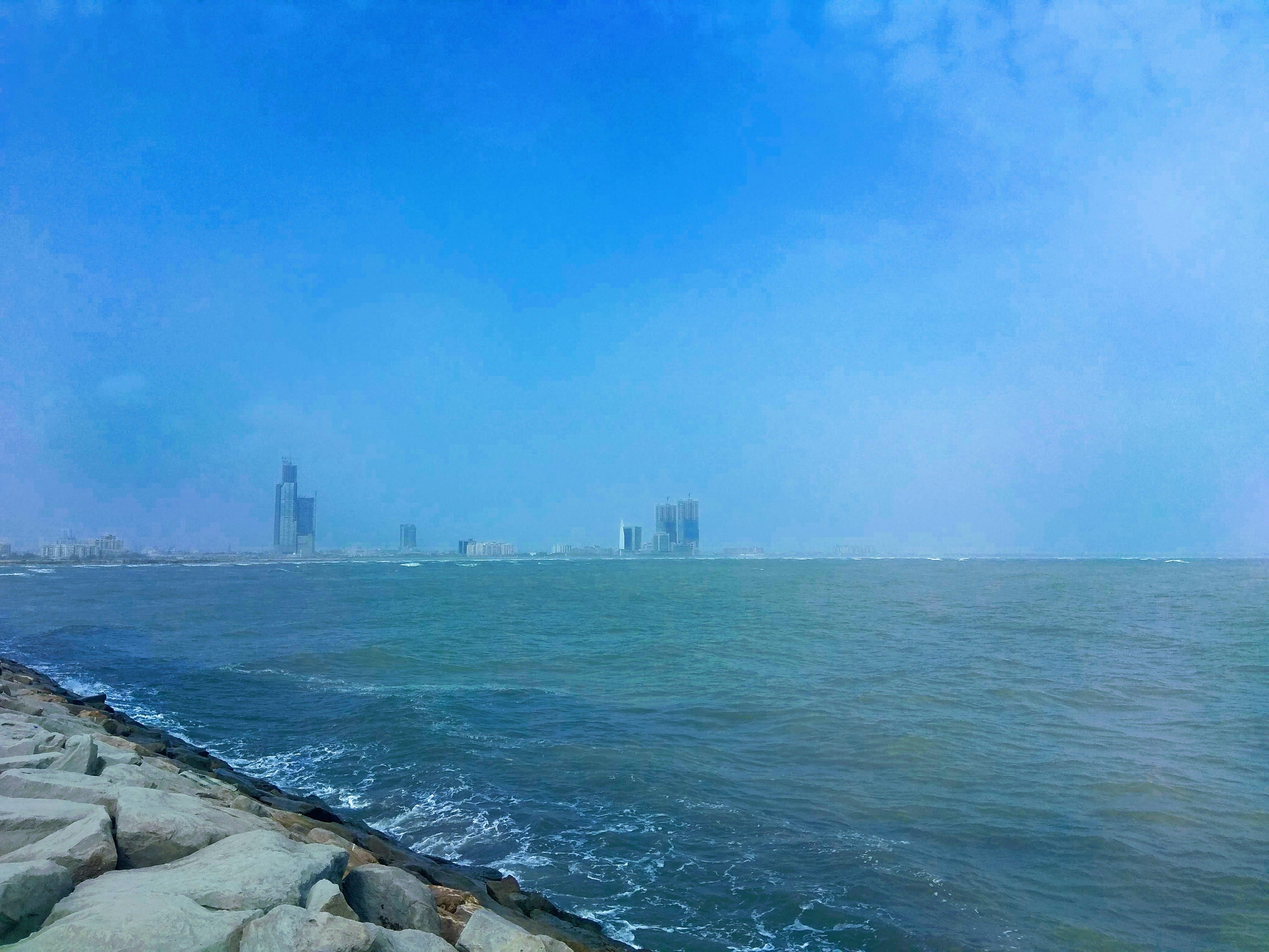 Gratis arkivbilde med blå, bygninger, hd, himmel