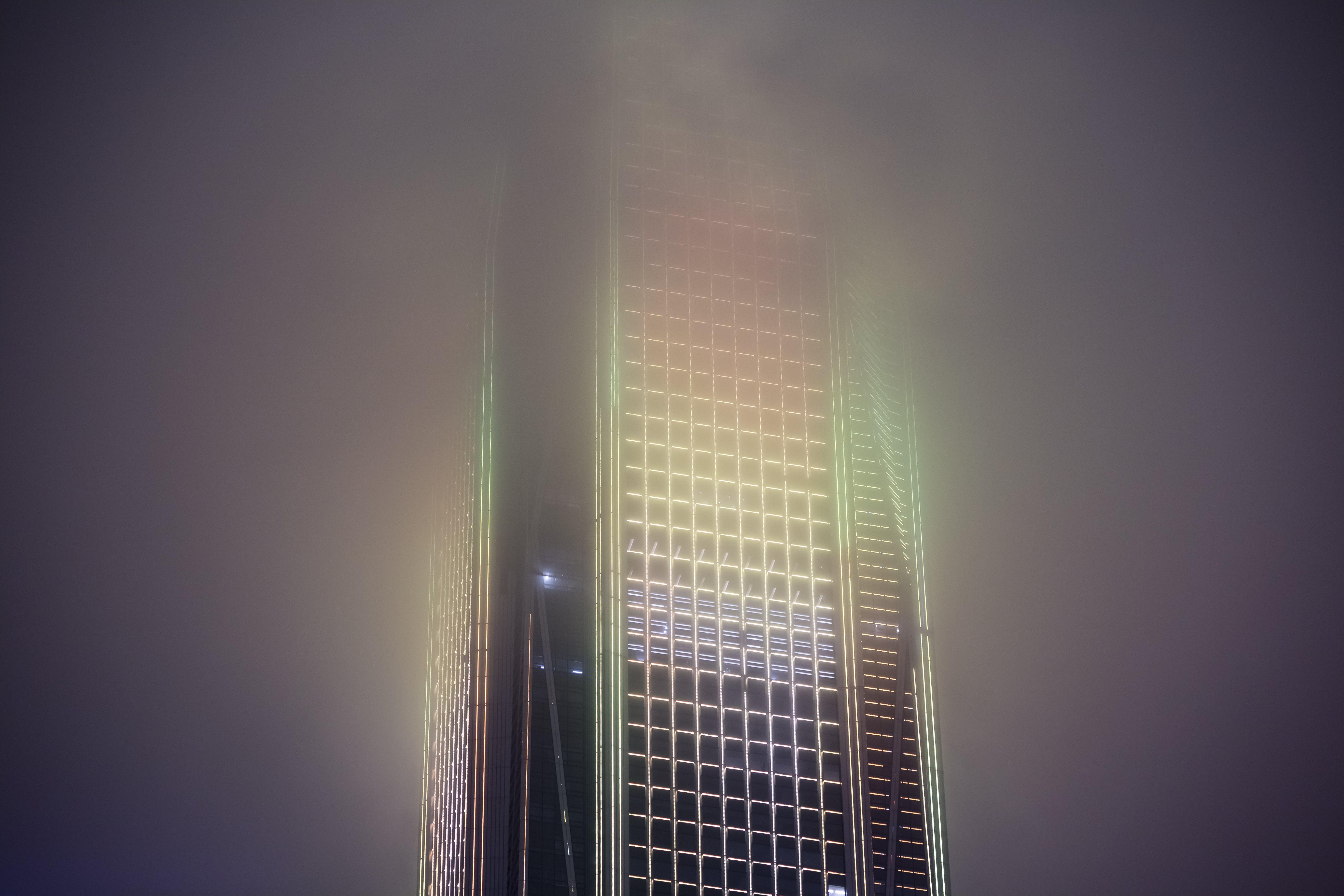 Gratis lagerfoto af bygning, kommerciel, lys, nat