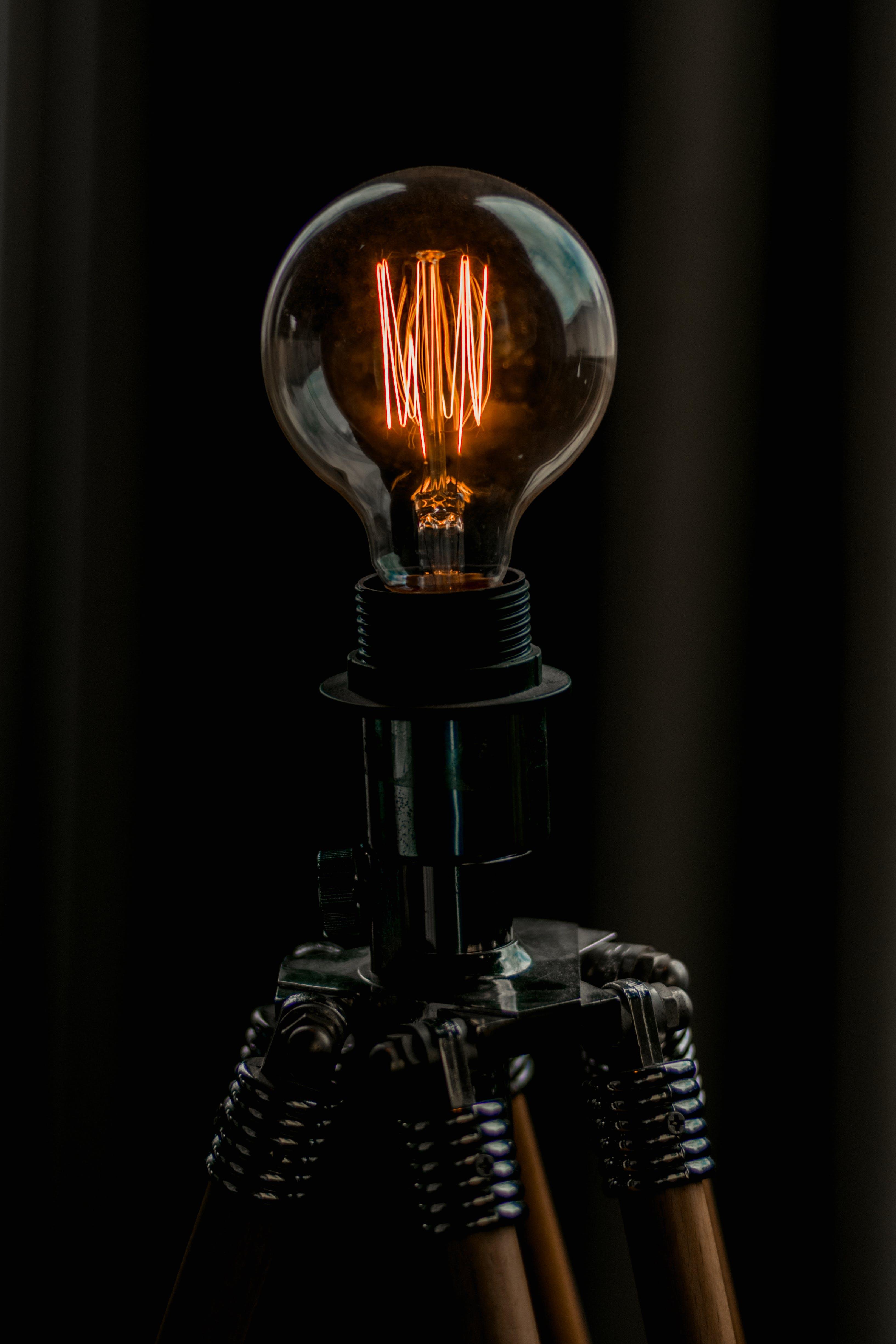 Kostenloses Stock Foto zu elektrizität, glühbirne, glühend, glühfaden