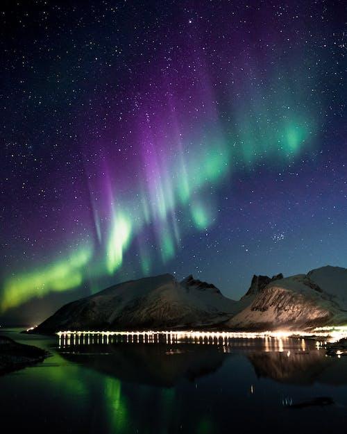 Δωρεάν στοκ φωτογραφιών με aurora borealis, αντανακλάσεις, απόγευμα, αστέρια