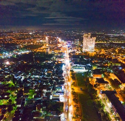 Ingyenes stockfotó drónfotózás, építészet, épületek, fények témában