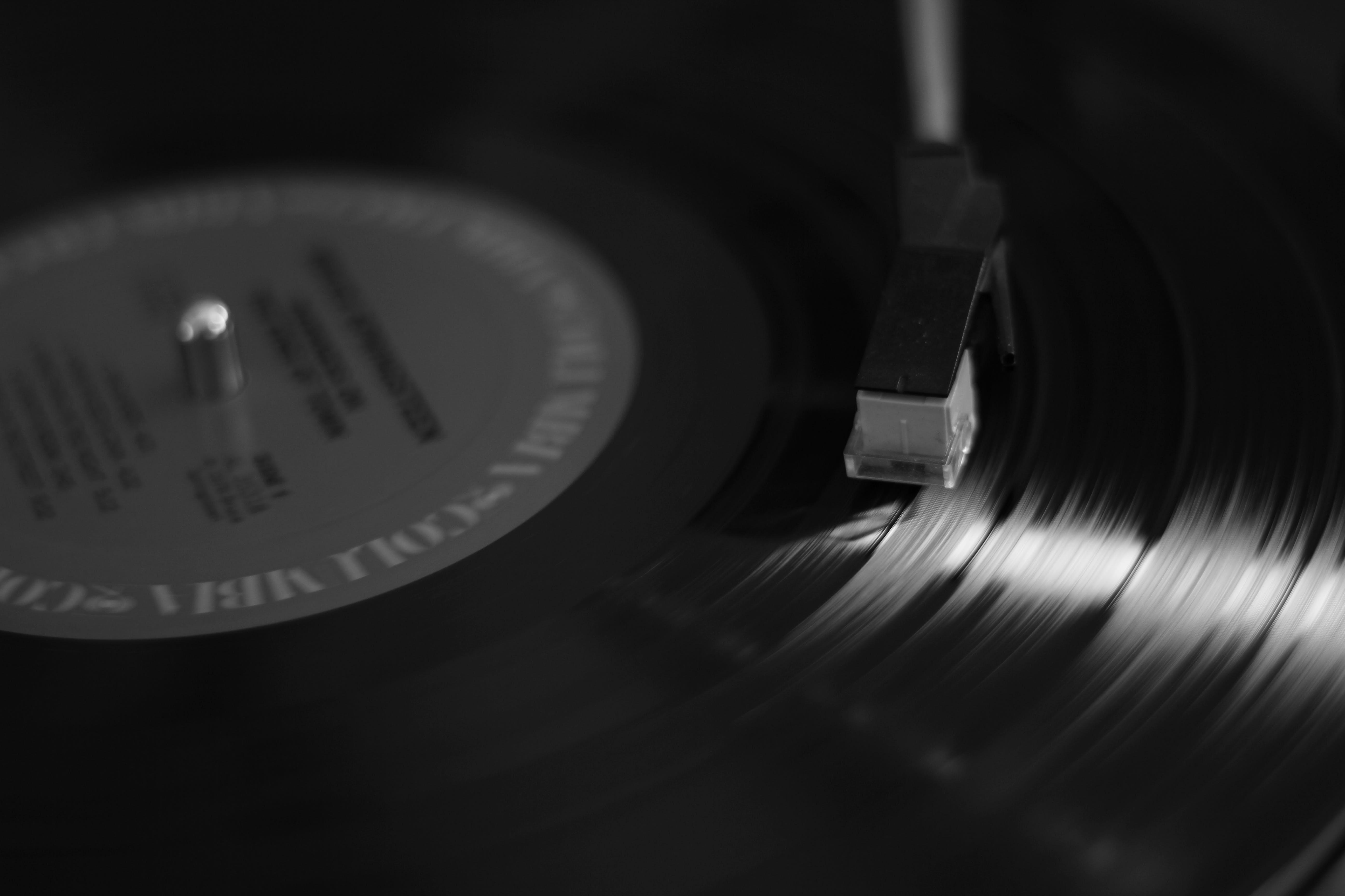 Kostenloses Stock Foto zu drehscheibe, musik, schallplatte, spielen