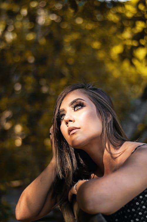Kostenloses Stock Foto zu attraktiv, frau, hübsch, model