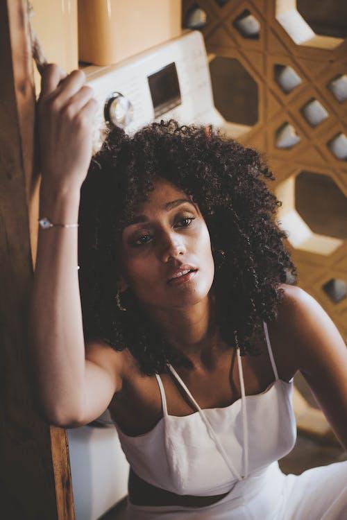 Fotos de stock gratuitas de afro, cantante, desgaste, diseñar