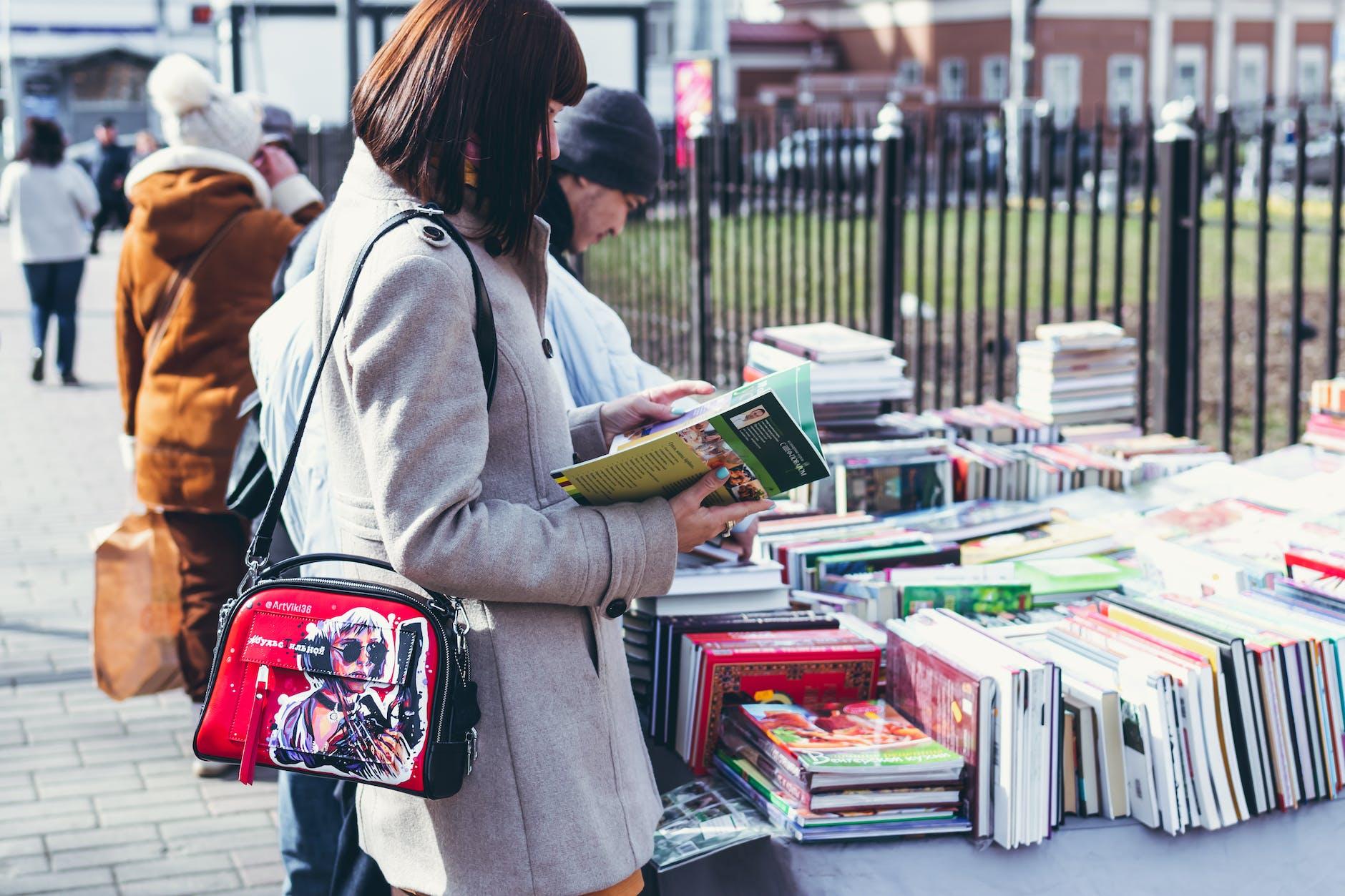 cara menabung untuk membeli buku