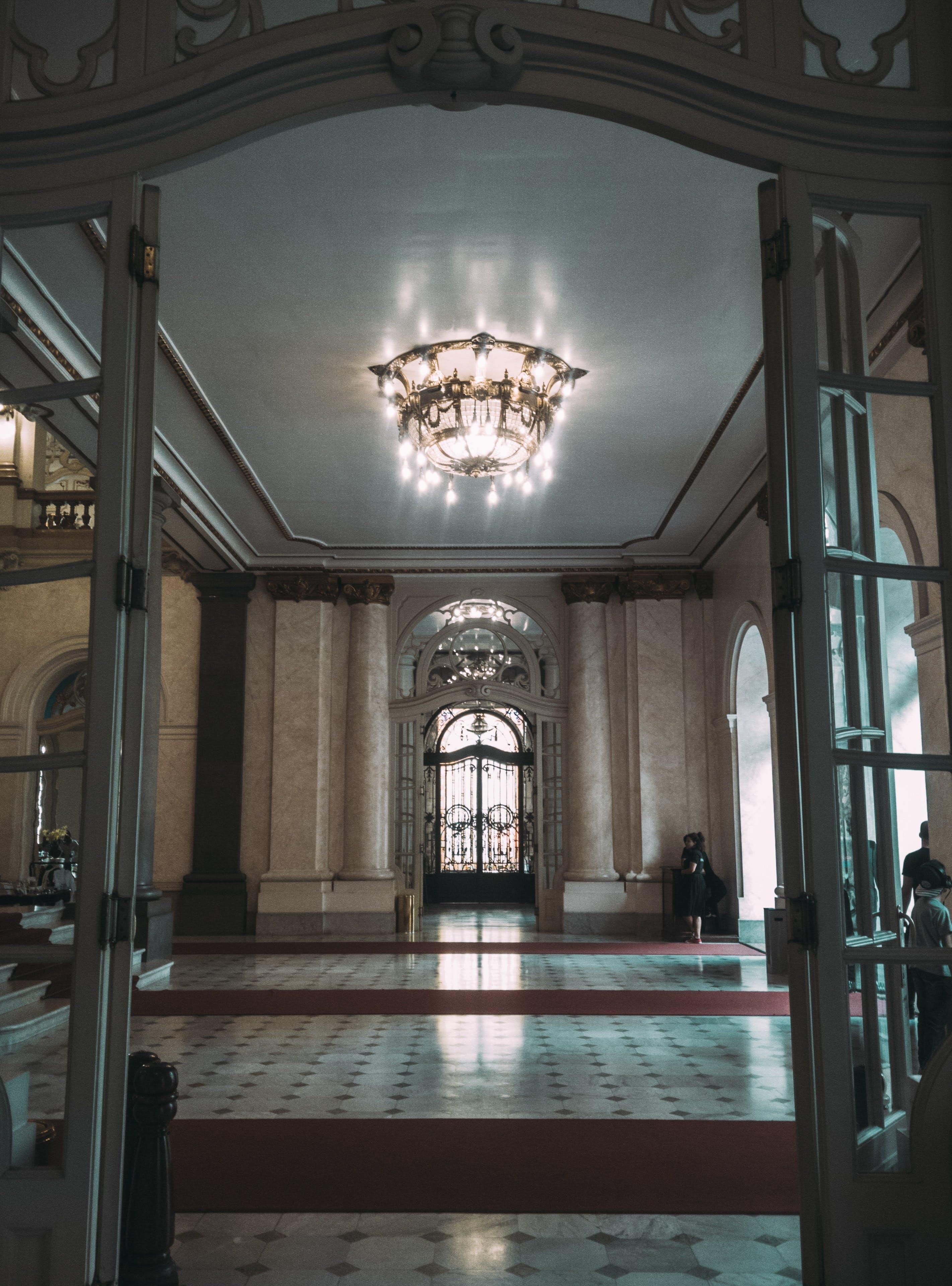 Kostenloses Stock Foto zu architektur, basilika, bogen, decke