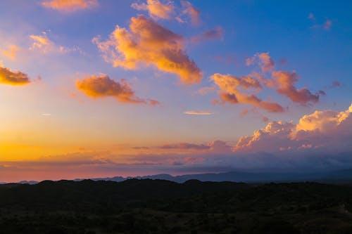 Gratis lagerfoto af aften, atardecer, himmel, landskab