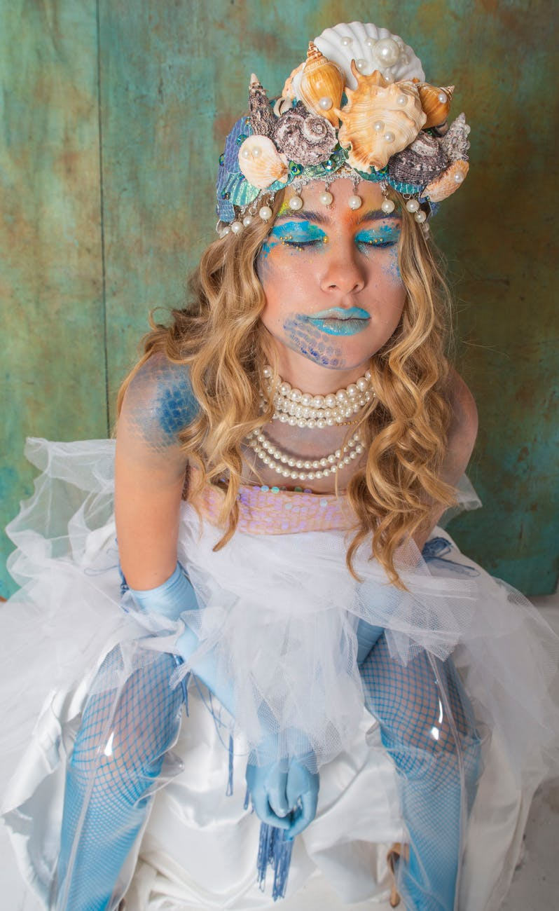 Mermaid | | DIY Plus Size Halloween Costumes You Can Sew