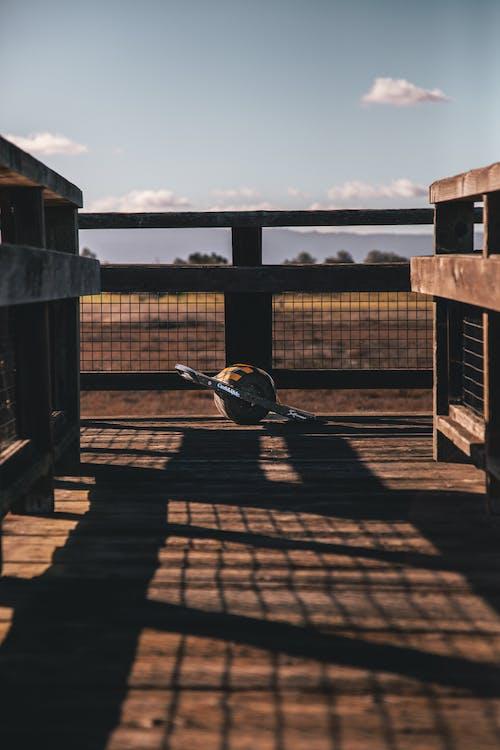Immagine gratuita di arrugginito, esterno, luce del giorno, meteo