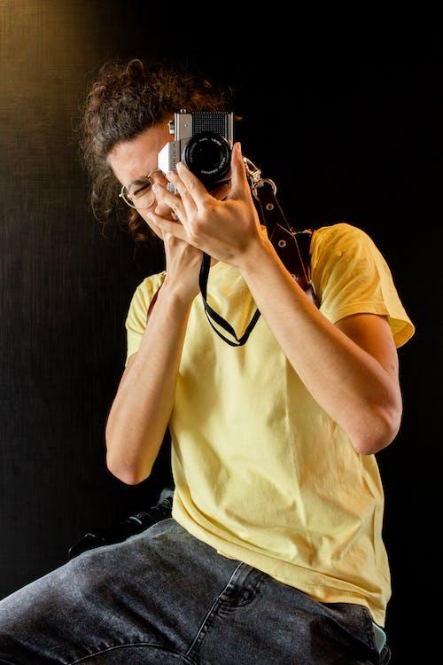 Základová fotografie zdarma na téma focení, fotoaparát, ležérní, móda