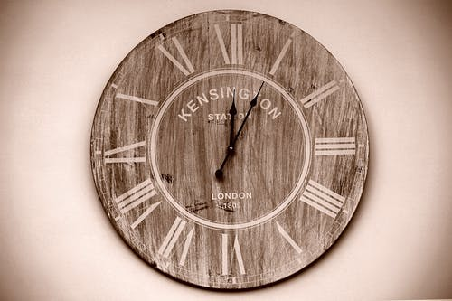 Gratis stockfoto met hout, klok, roodbruin, sepia