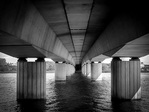 Kostnadsfri bild av betong, bro, flod, vatten