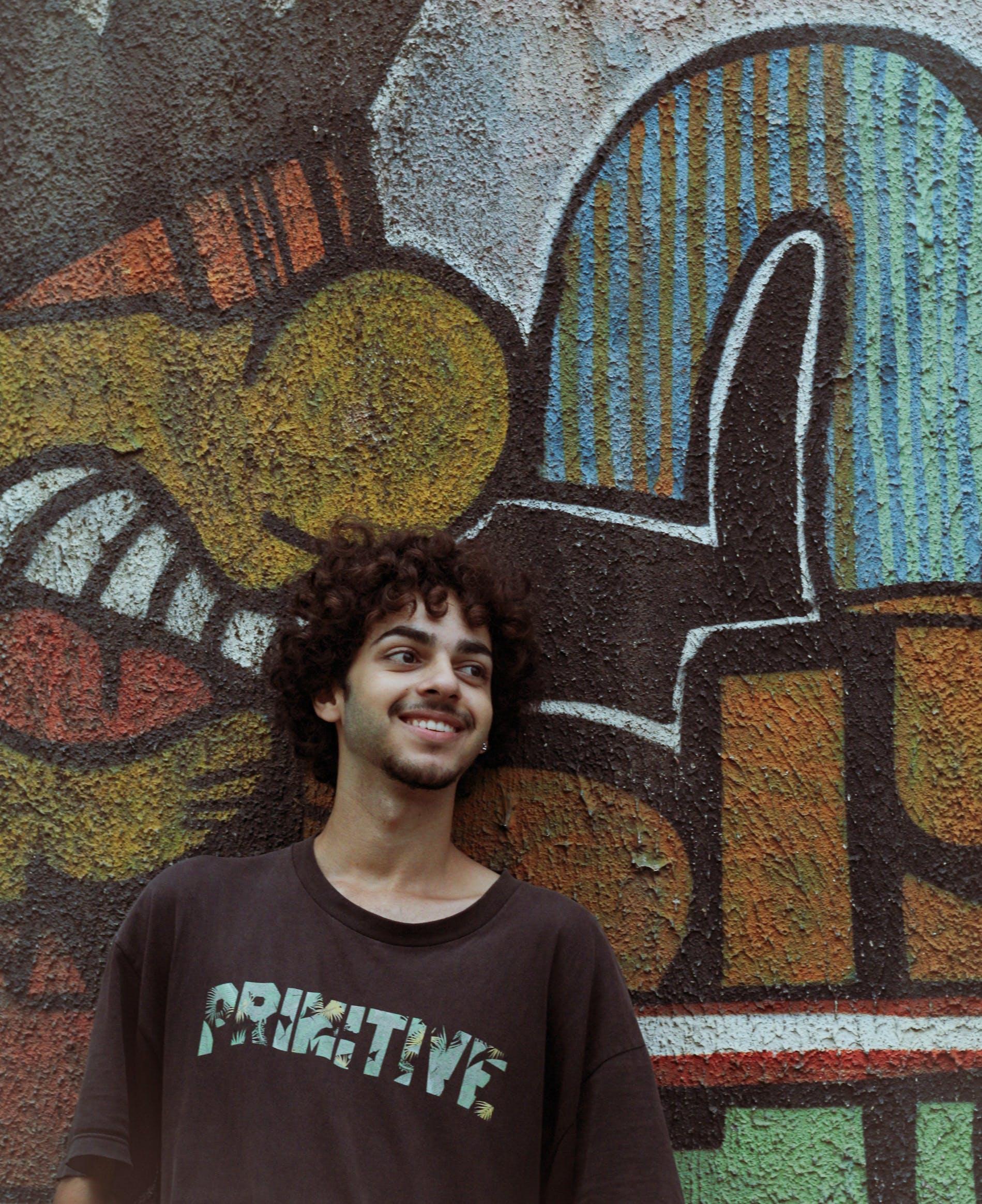 adult, art de carrer, cabells arrissats