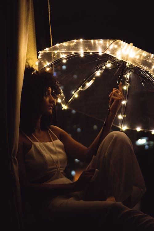 Gratis lagerfoto af aften, belyst, fotosession, frisure