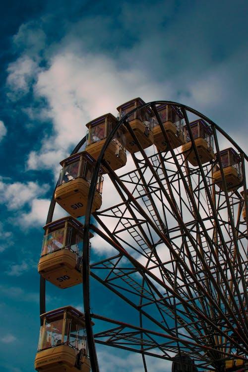 binmek, Fuar alanı, karnaval, lunapark içeren Ücretsiz stok fotoğraf