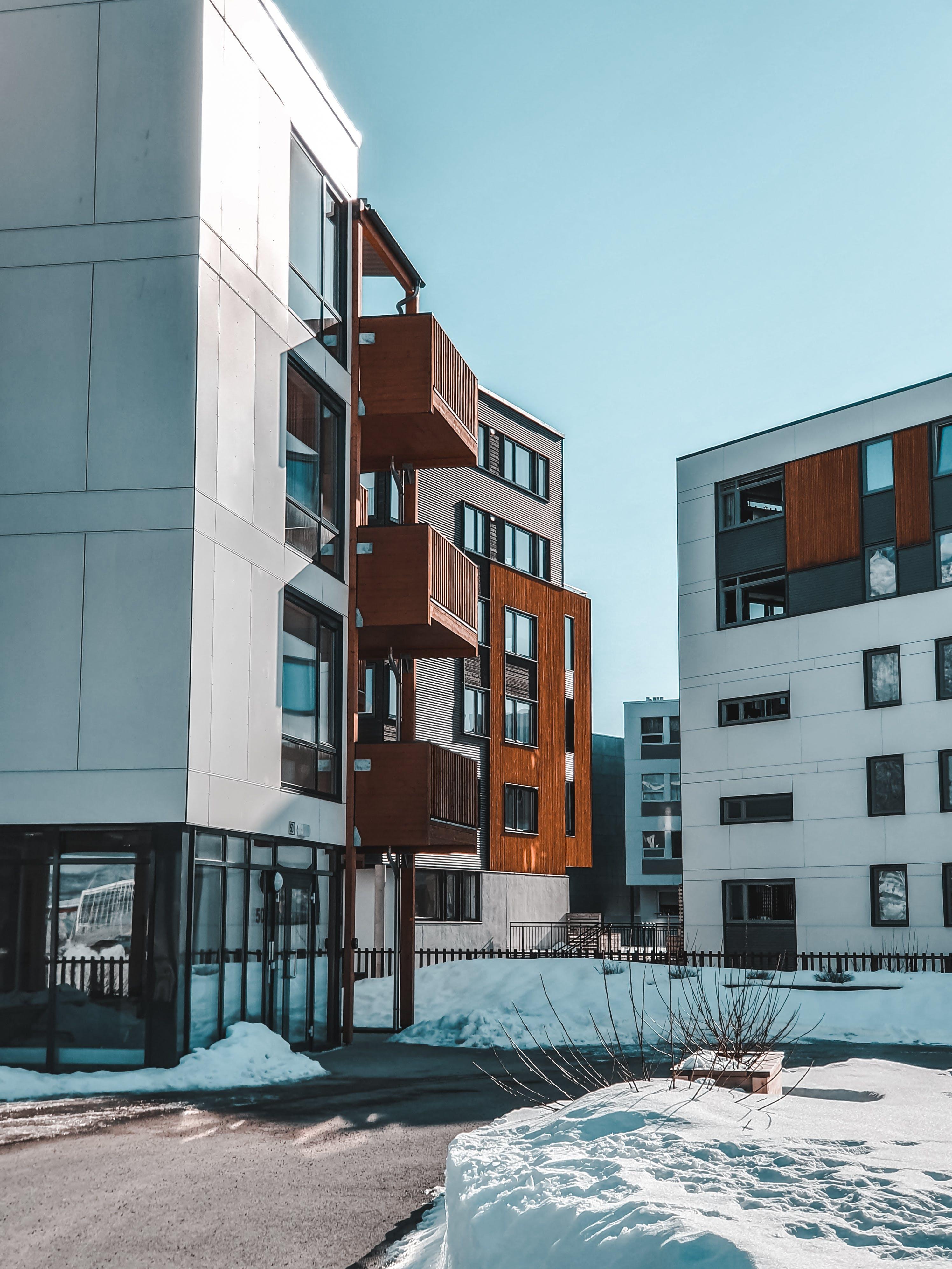 Бесплатное стоковое фото с архитектура, Архитектурное проектирование, Балкон, городской