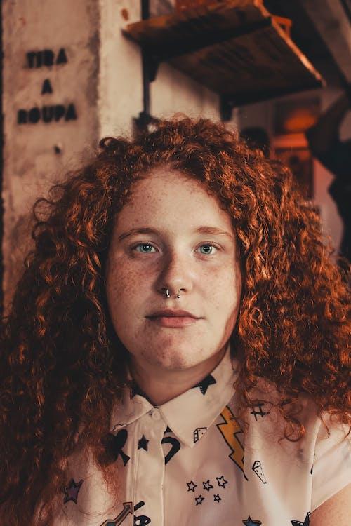Безкоштовне стокове фото на тему «волосина, вродлива, жінка, краса»