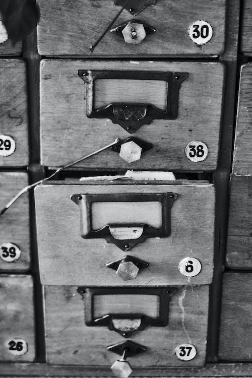 Imagine de stoc gratuită din alb-negru, sertare