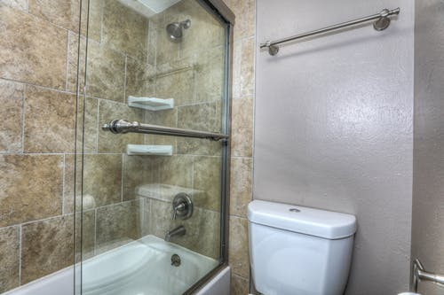 Gratis stockfoto met bad, badkamer, badkuip, interieur
