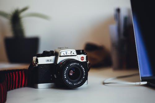 Kostnadsfri bild av kamera, reflektion, selektiv fokusering, skärpedjup