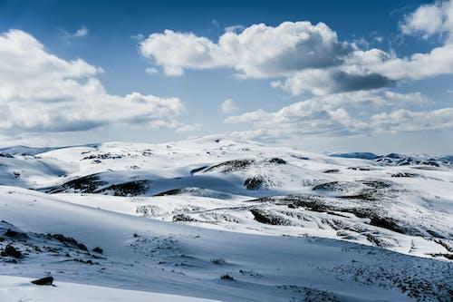 Gratis stockfoto met alpinisme, berg, bergen, besneeuwd