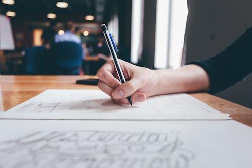 Fotobanka sbezplatnými fotkami na tému ceruzka, kompozícia, písanie, písanie rukou
