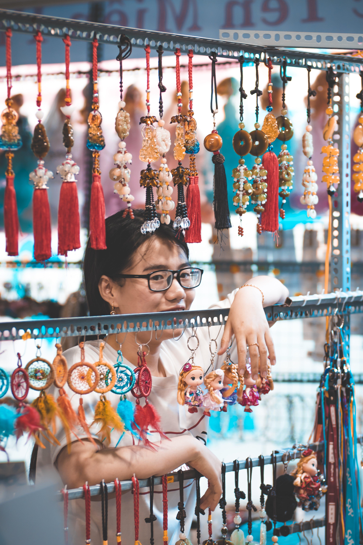 Kostenloses Stock Foto zu asiatische frau, der umsatz, frau, geschäft