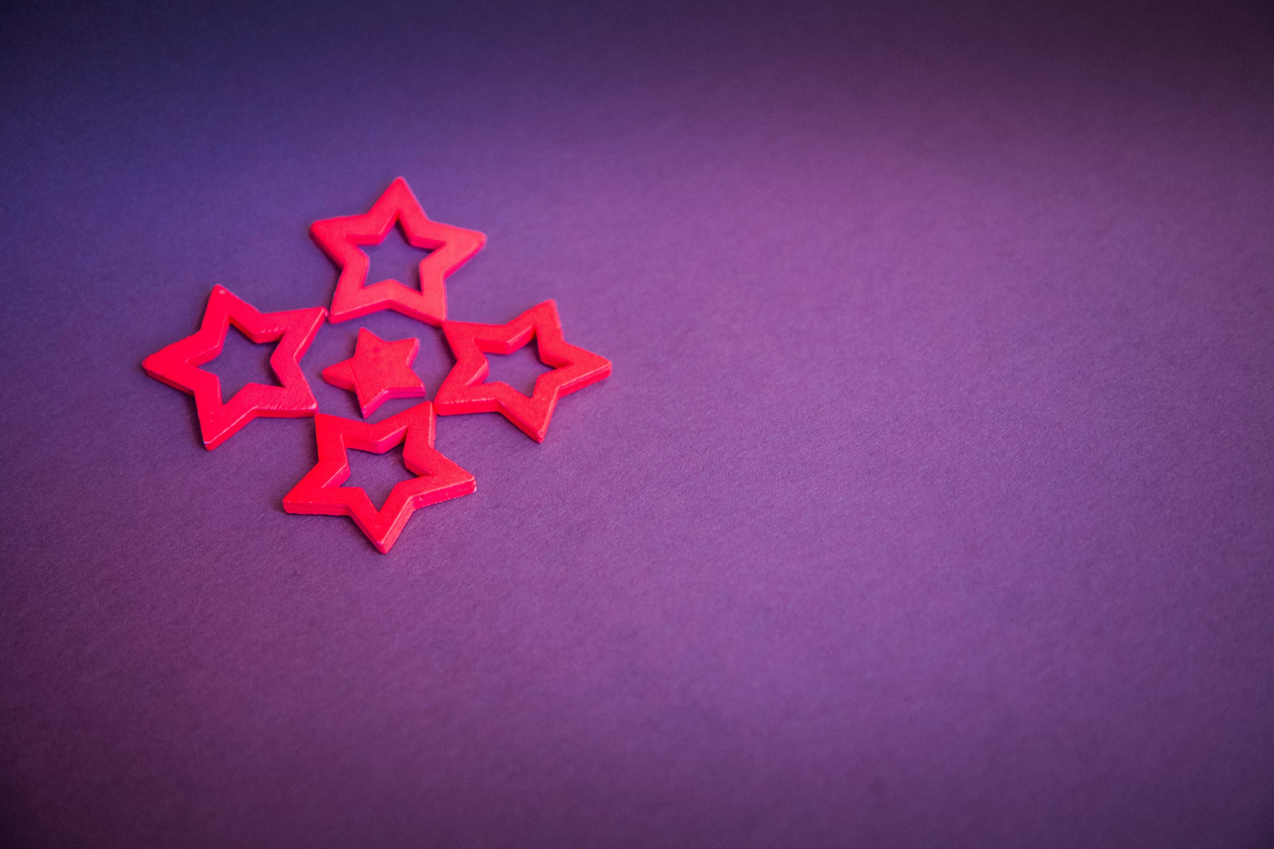 Red Star Decor