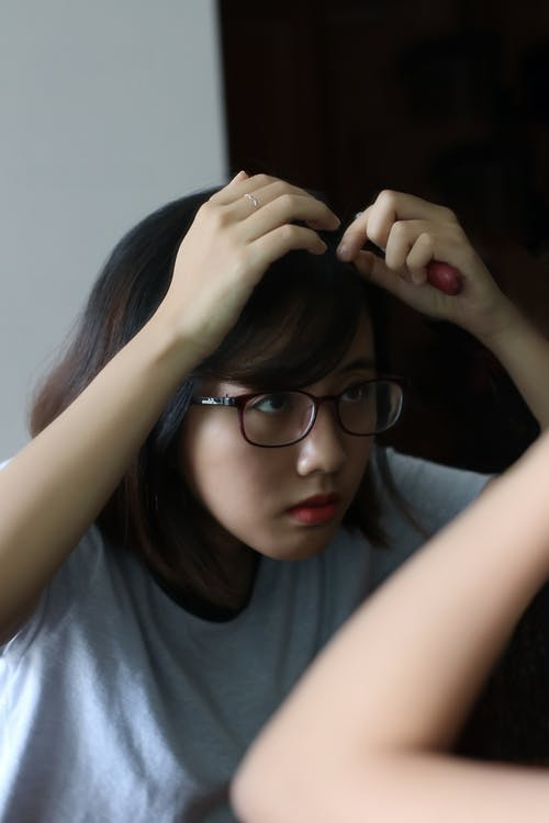 Gratis arkivbilde med asiatisk jente, asiatisk person, briller, hår