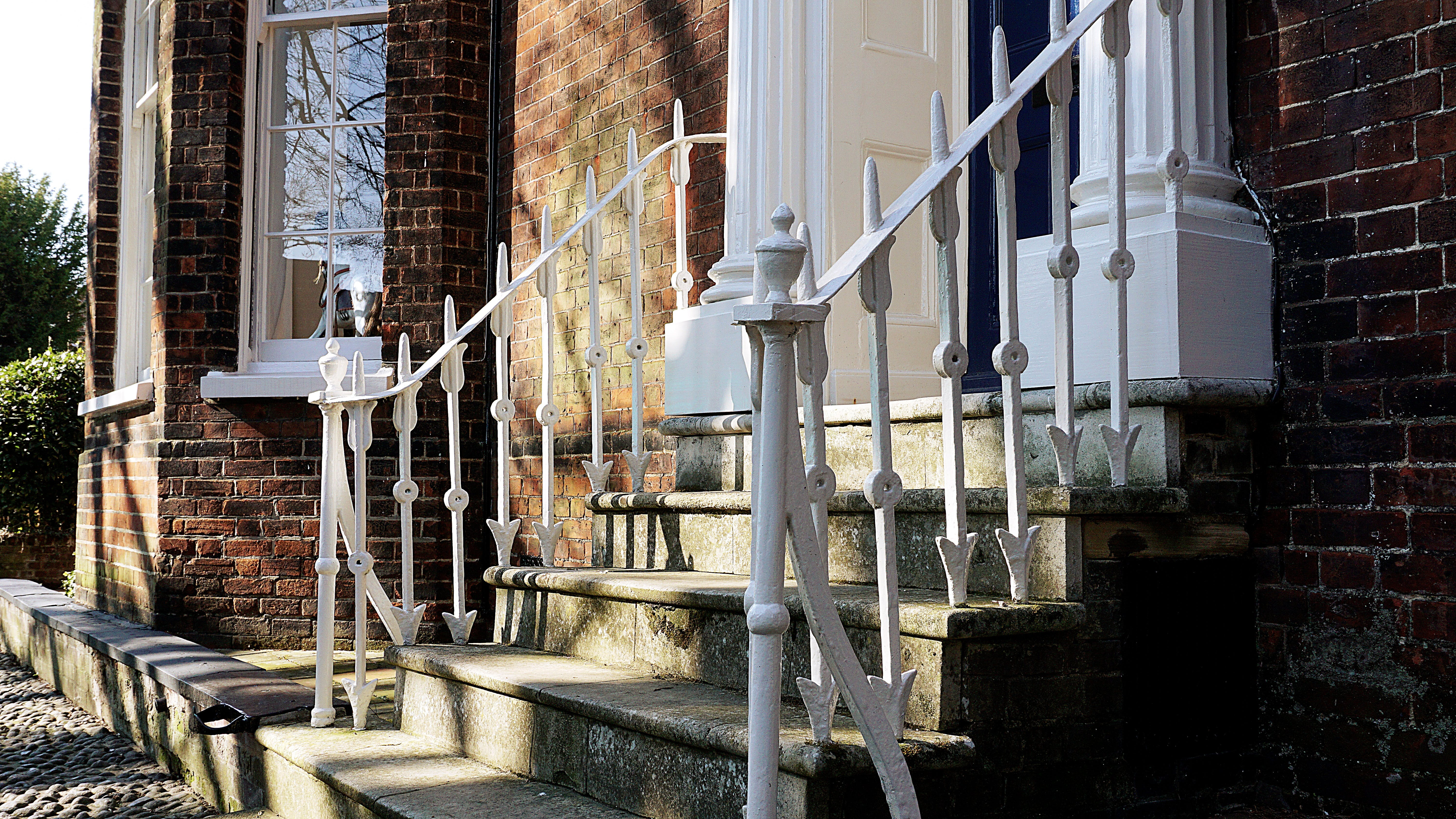 Free stock photo of front door, house, metal railings, old building