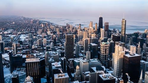Kostenloses Stock Foto zu architektur, gebäude, innenstadt, luftschuß