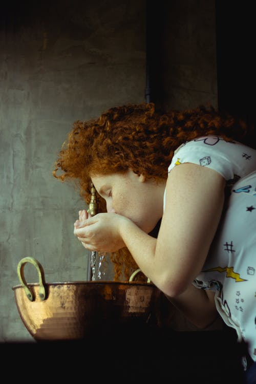 Gratis lagerfoto af drikke, kvinde, person, Rødhåret