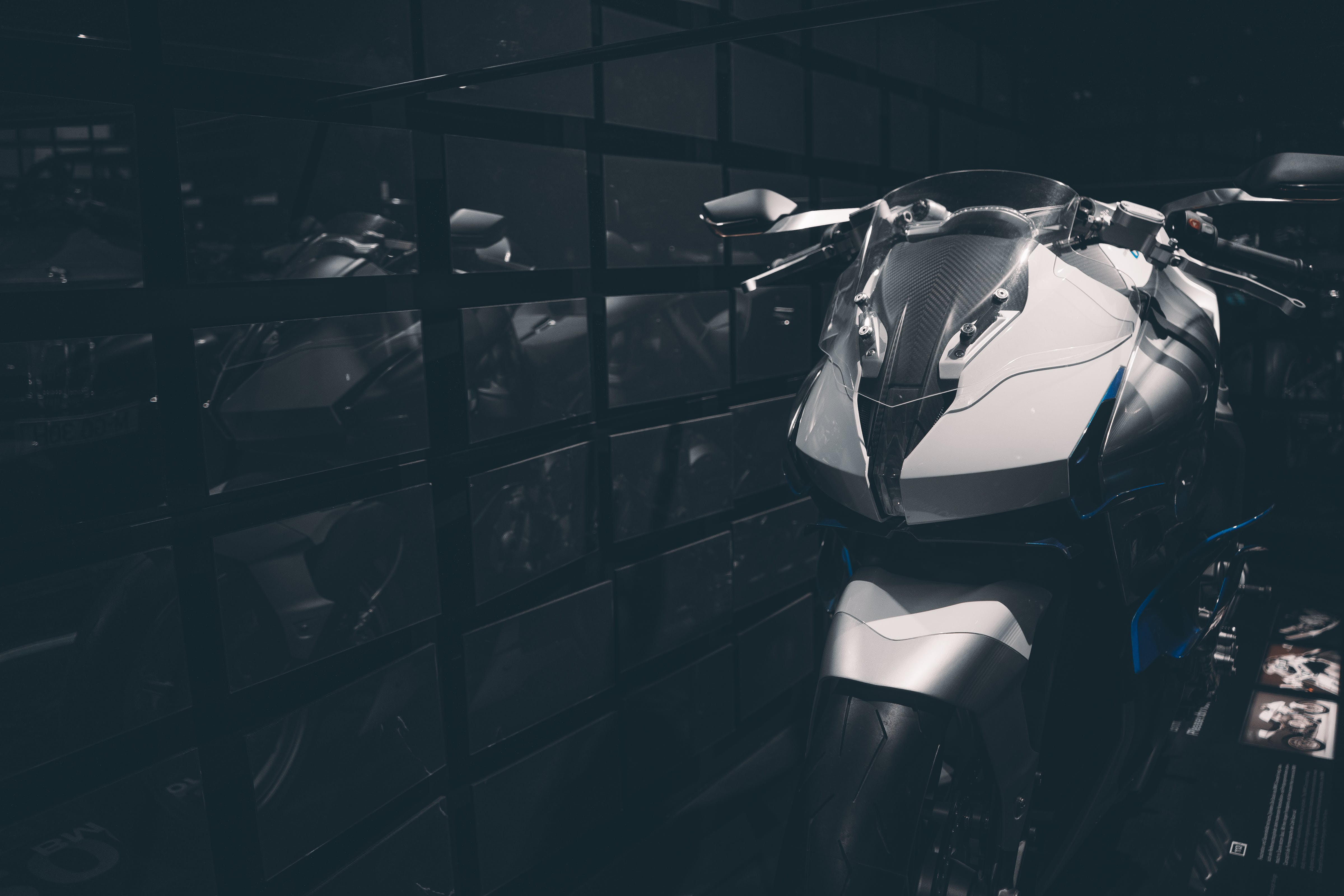 Shallow Focus Photography of Silver and Black Sports Bike