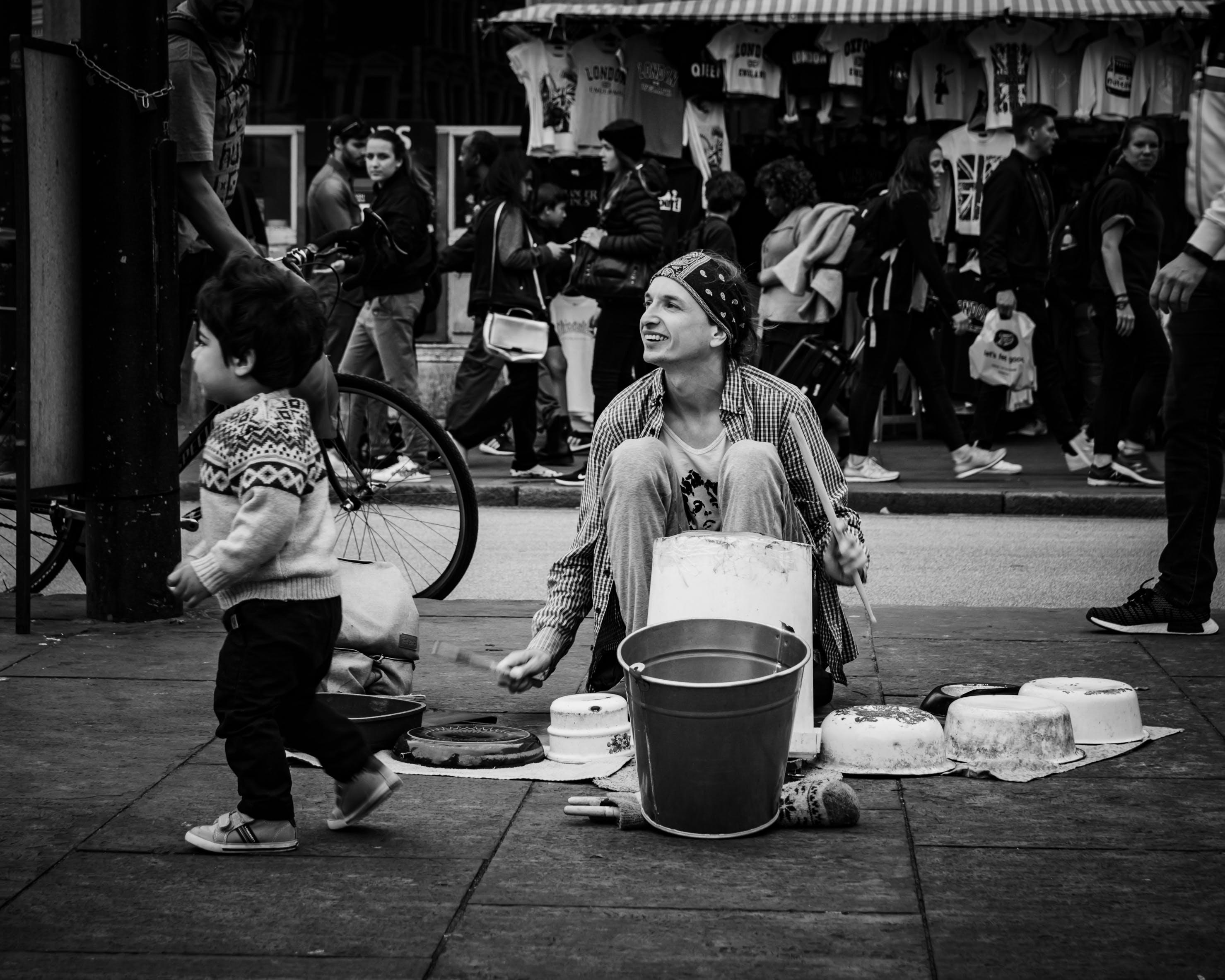 거리, 거리 공연가, 거리 예술가, 거리 음악가의 무료 스톡 사진