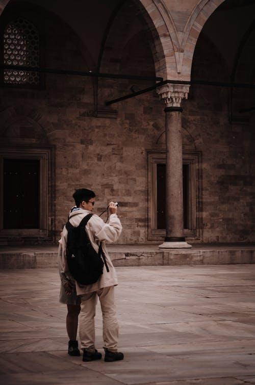 คลังภาพถ่ายฟรี ของ กระเป๋าเป้, กล้อง, กลุ่ม, การถ่ายรูป