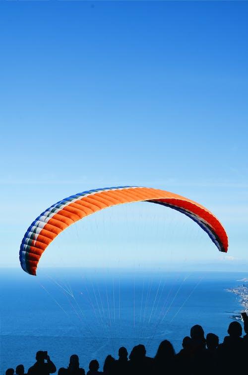Immagine gratuita di acqua, aria, avventura, cielo