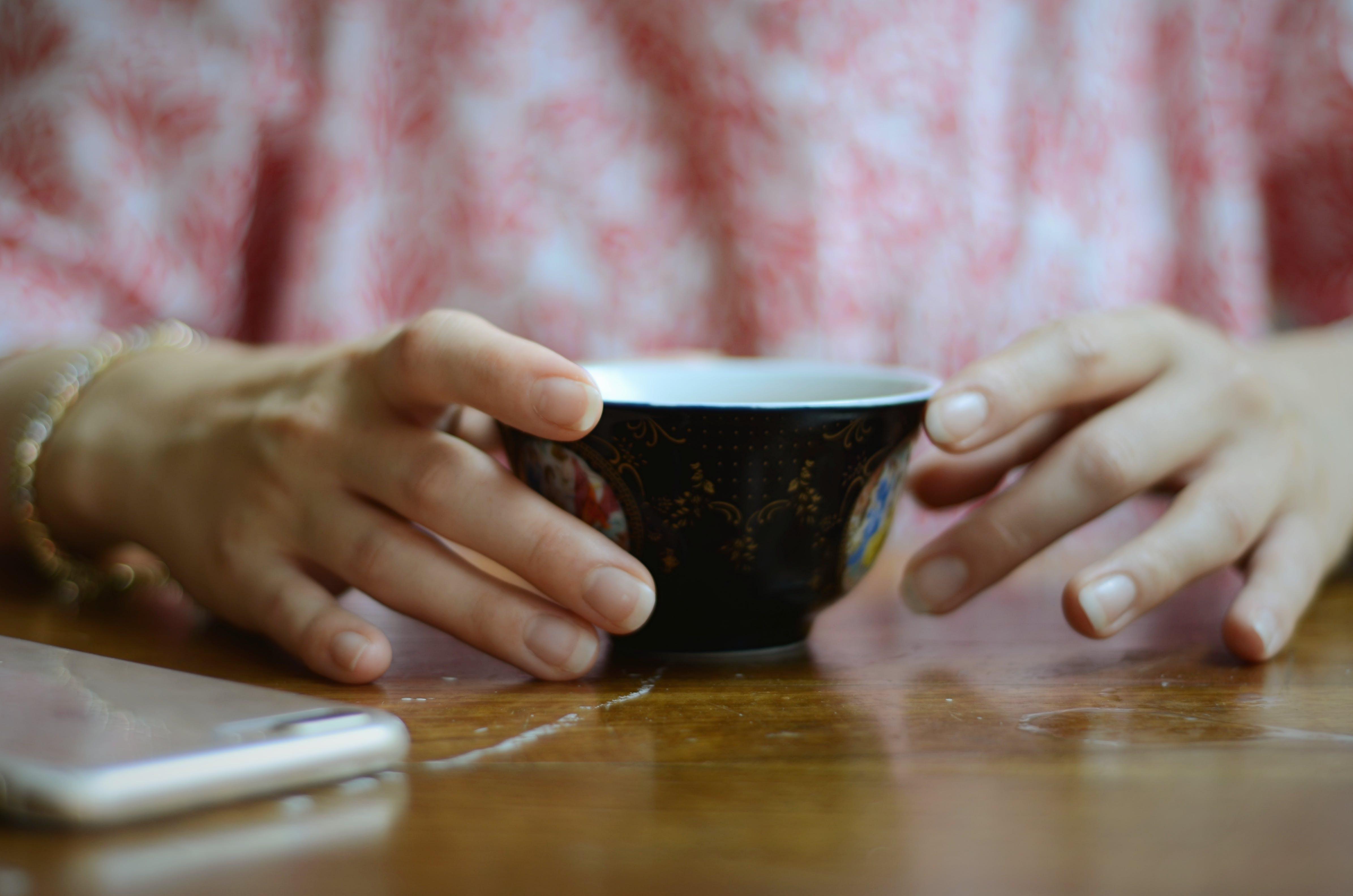 Foto d'estoc gratuïta de alba, atractiu, beguda, cafè