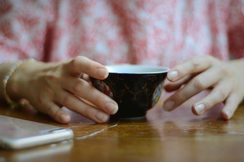 Kostnadsfri bild av avslappning, bord, dryck, frukost