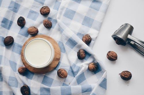 Fotos de stock gratuitas de cascanueces, contenedor, copa, de madera