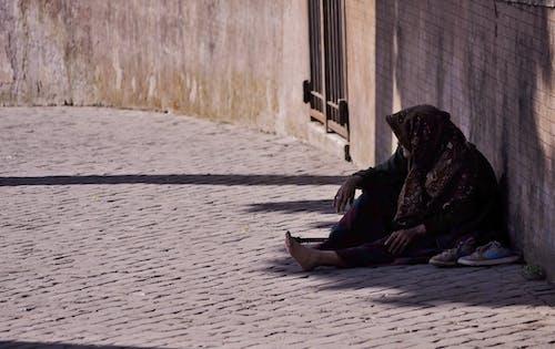 구걸하는, 노숙, 노숙자, 빈곤의 무료 스톡 사진