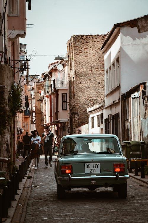 Безкоштовне стокове фото на тему «автомобіль, архітектура, Будинки, будівлі»