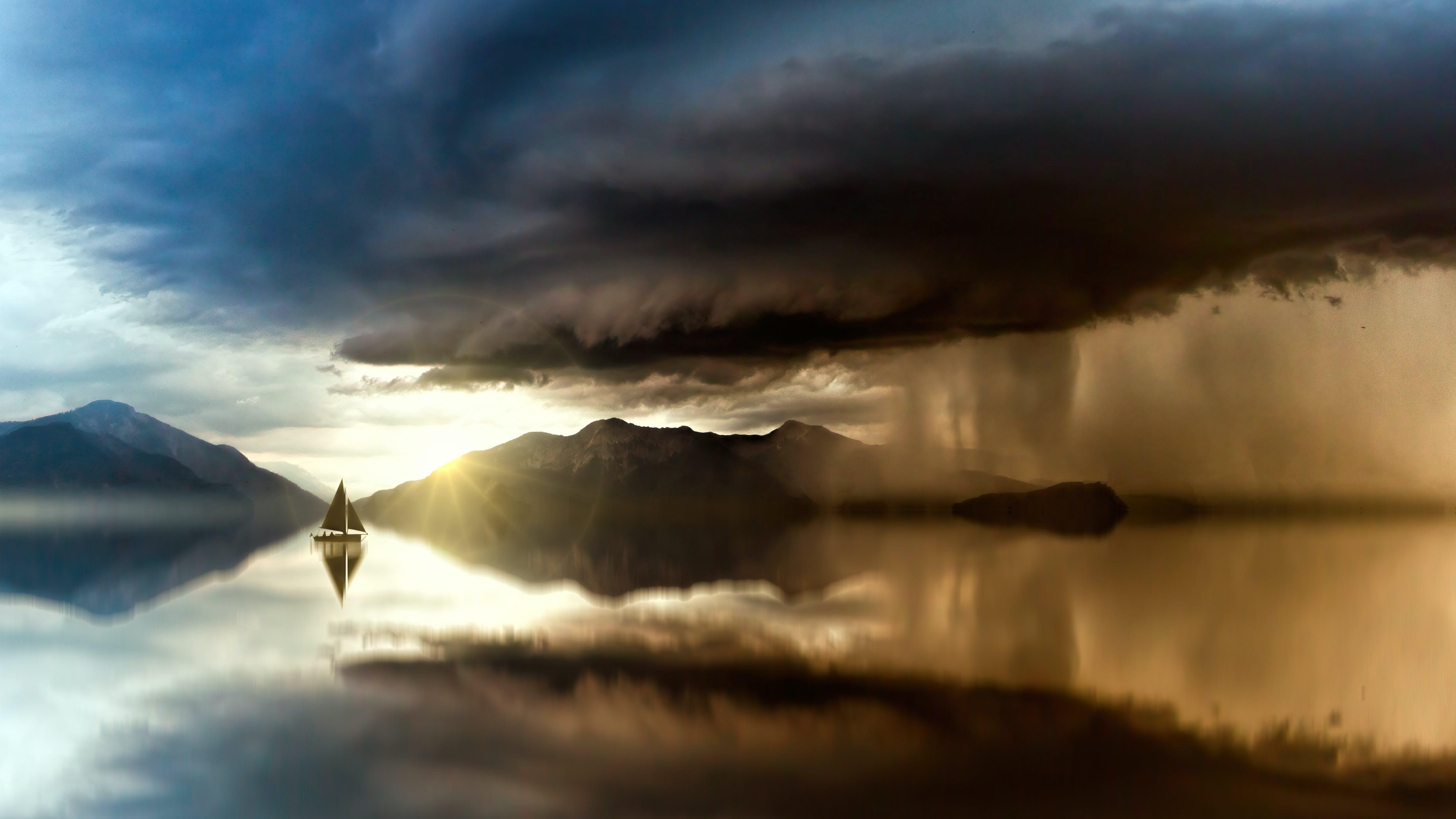 Gratis lagerfoto af aften, båd, bjerg, dagslys