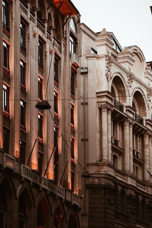 Kostnadsfri bild av arkitektonisk design, arkitektur, byggnad, byggnadsexteriör