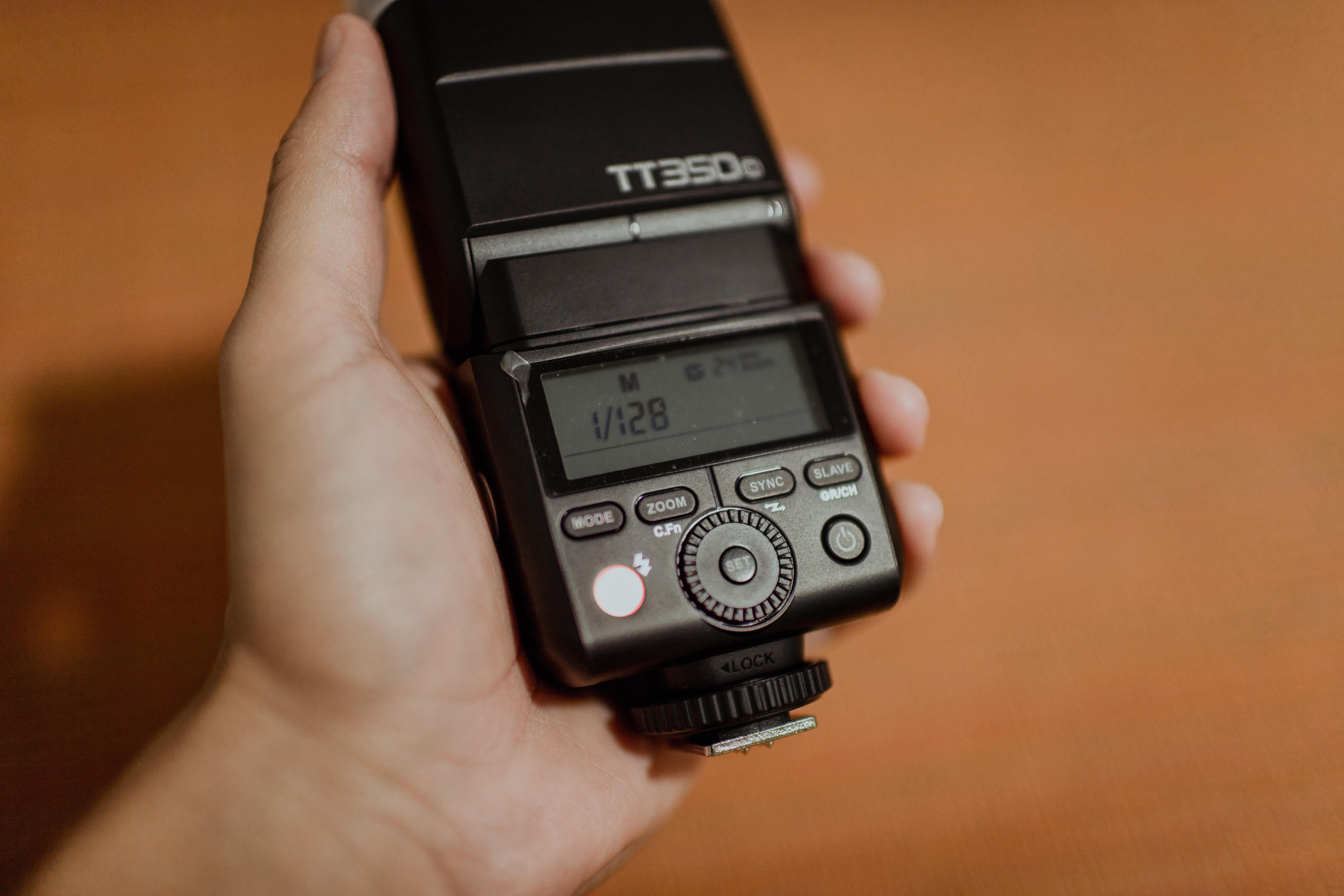 Black Tt350 Camera Flash Unit