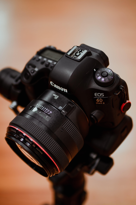 Základová fotografie zdarma na téma canon, elektronika, fotoaparát, objektiv
